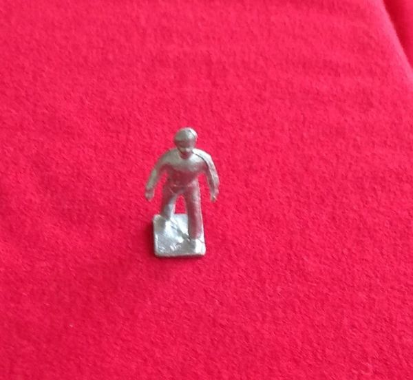 Dinky Toys 150E Royal Tank Corps NCO Non Commissioned Officer (Unpainted)